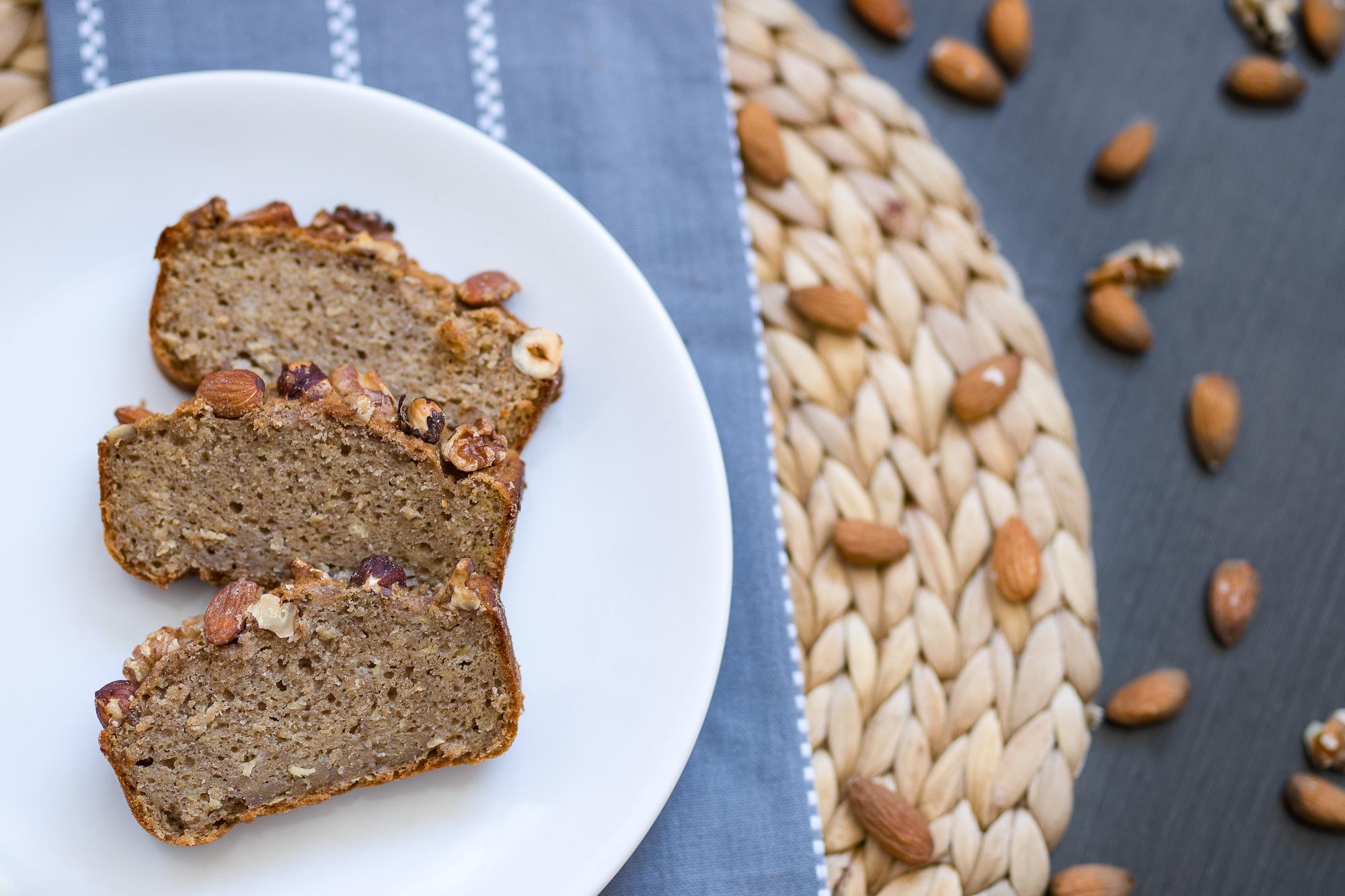 Banánový chlieb sorechmi pre celiatikov, veganov aj bezlaktózových