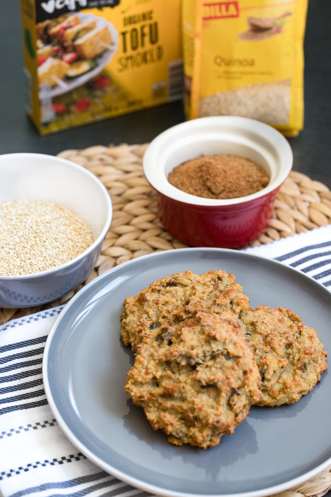 Quinoa na slano. Rascové karbonátky plnené tofu a šampiňónmi. ženuškáreň
