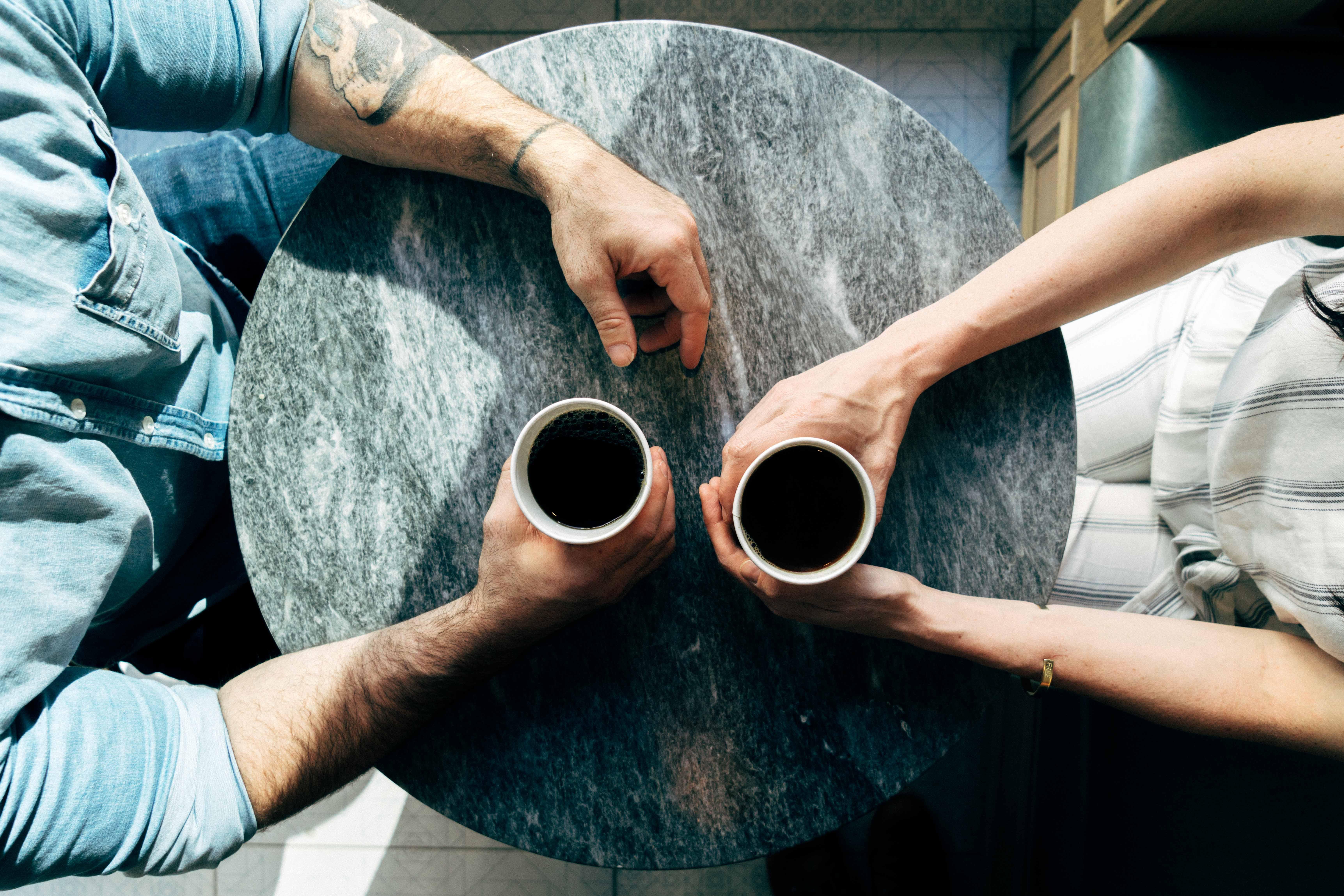"""Nenechajte sa zmiasť """"dokonalými"""" manželstvami na sociálnych sieťach. Problémy v manželstve sú realita a my vám ponúkame rady ako ich riešiť"""