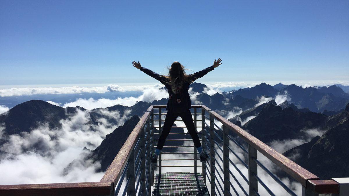 Opýtali sme sa dvoch travel blogerov, ako efektívne cestovať po Slovensku. Toto sú ich tipy a rady