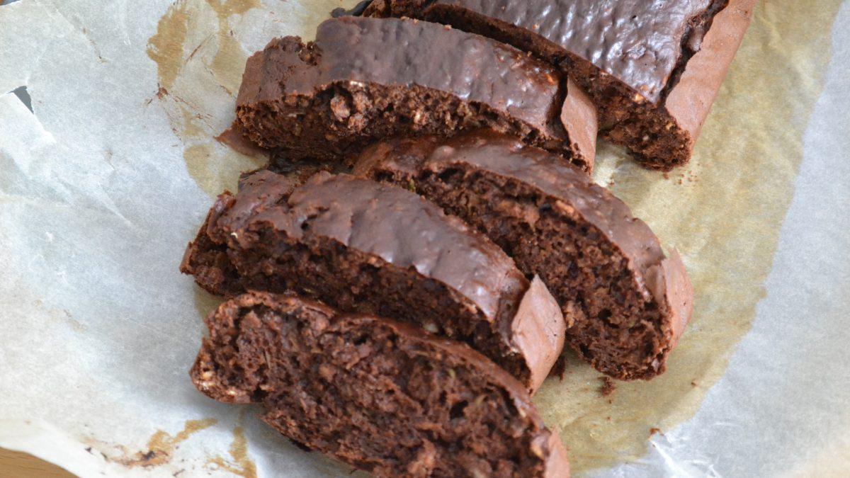 Recept pre všetky športovkyne! Čokoládový proteínový chlieb bez múky