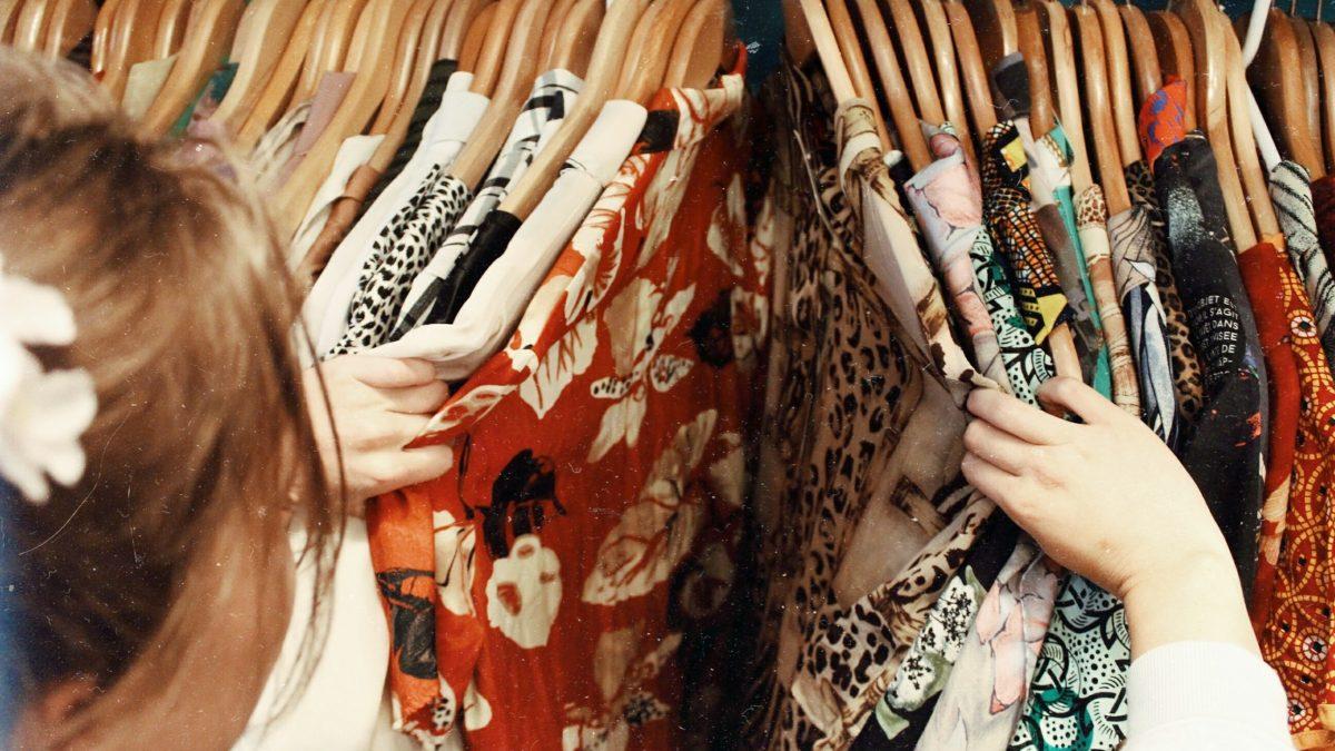 Nebuď shopaholic a nakupuj počas sviatkov menej. Rozhovor s psychologičkou